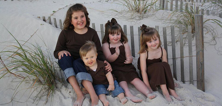 banner image four children in same color dress image has link to Estate Planning Attorneys in Fayetteville, AR